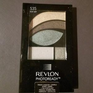 REVLON Photoready Eyeshadows